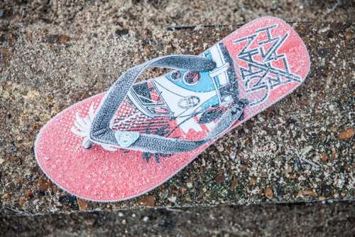 Frosted flip flop