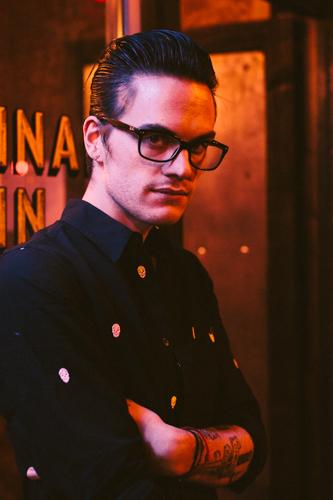 Brad, barman © Emma Marshall